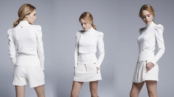 Jersey cuello cisne blanco de Pati Conde Collection
